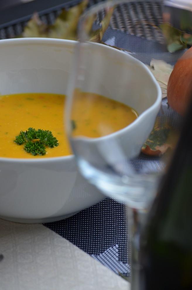 wein-zur-kurbissuppe